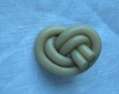 Button Vintage Plastic or Bakelite Twisty Spaghetti