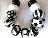 Handmade Lampwork Beads- Black and White Beads-Set 1