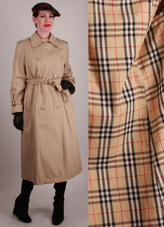 Vintage 1970s Belted Classic Spy Trench Coat by ...
