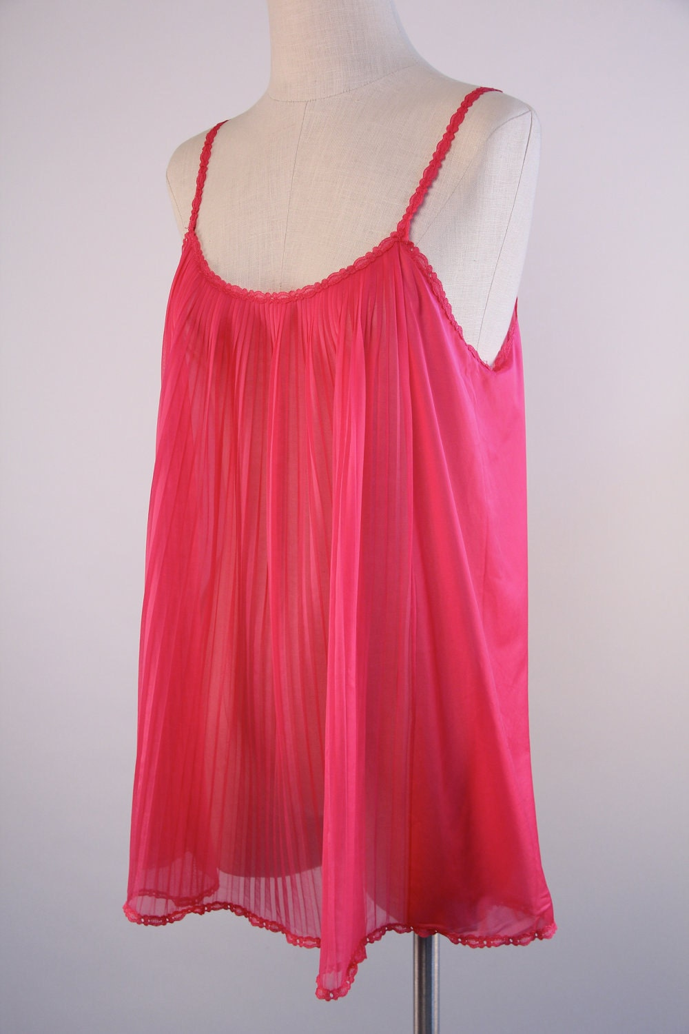 Vintage Fuchsia Pink Sheer Nylon Babydoll Short Nightie