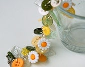 Daisy Chain Charm Button Bracelet