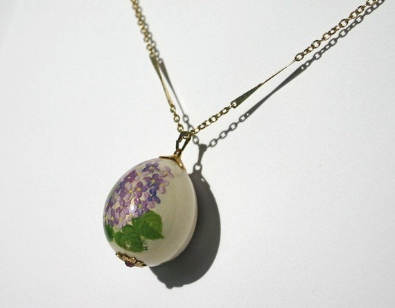 Vintage hand painted egg \/ eggshell necklace