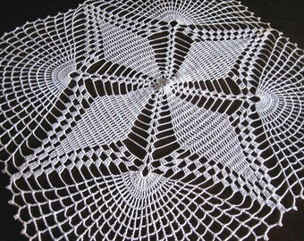 Doily HAND CROCHETED Lace Dresser Runner Fan SQUARE Dresser Scarf Topper Cotton Tablecloth