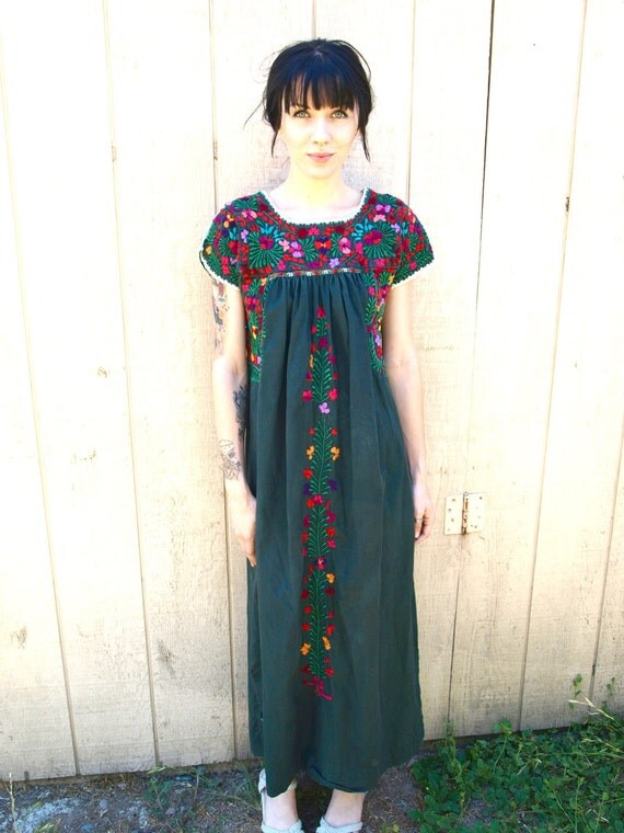 1970s Vintage Folkloric Elaborate Elegant needle Point Embroidery Mexican Dress