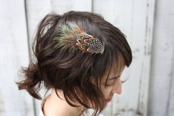 Fancy feather fascinator hair clip