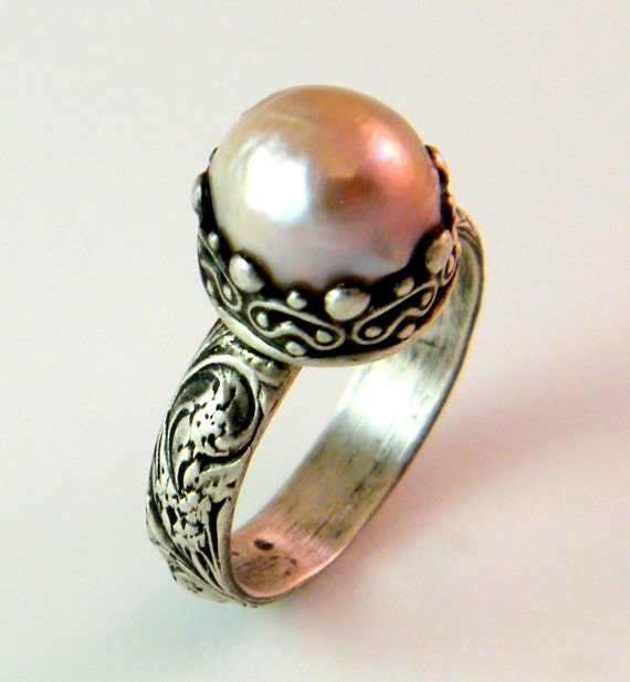 Sale.. Victorian Cultured  Pearl Ring
