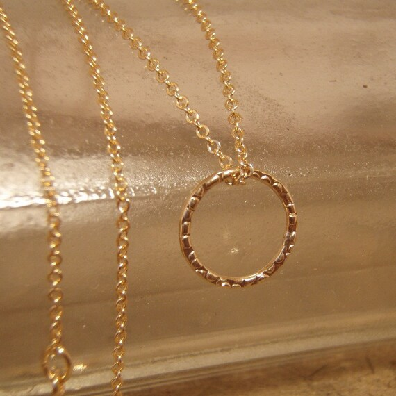 Simple gold necklace - Gold circle on gold filled chain - Dainty gold necklace