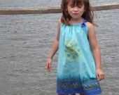 Retro turquoise girl's drawstring dress