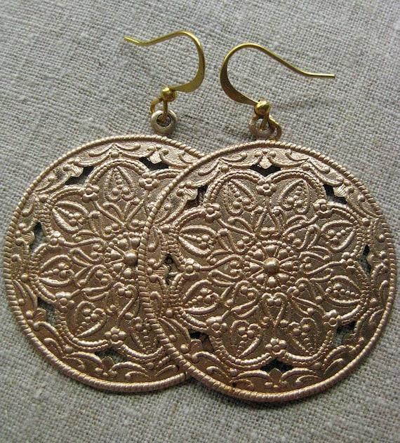 Beautiful Mediterranean-feel disc earrings