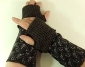 steampunk cuffs, Fingerless gloves, arm warmers,  wrist warmers, navy, rust