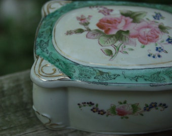 Vintage Hand Painted Trinket Box Occupied Japan