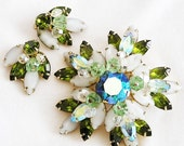 Alice Caviness Olive and Frosted Glass Demi Parure