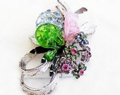 Exceptional Vendome Molded Glass Floral Brooch