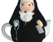 Mary nun from the Vaticano tea cosy Pdf email knit Pattern