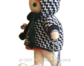 Lola girly doll is walking with her puppies Knit PATTERN