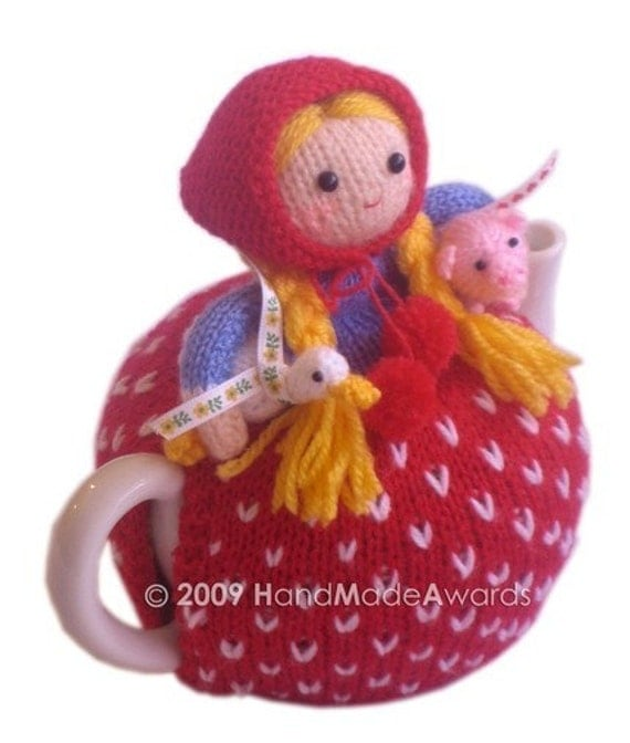 Margaret The FARMER with her Baby Pig and Little Goose Tea Cosy CROCHET Pdf email  PATTERN