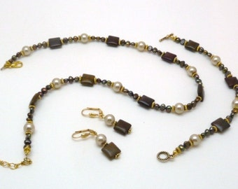 Bronze 'n Pearl necklace set