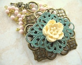 Hand-Painted Filigree Pendant Necklace in Ivory NP47