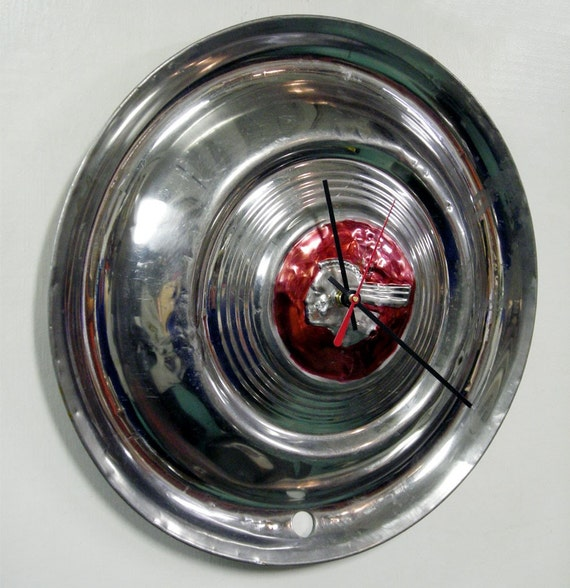 1951 Pontiac Chieftain Hubcap Wall Clock Retro Gm Car Clock