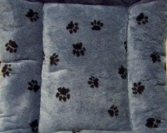 Doodlebug Dud's Maximum Comfort Pet Bed - Size Medium 24X36 - You Choose Your Color