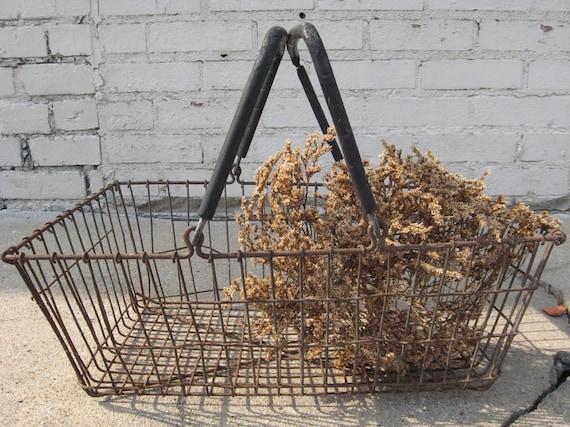 Old Rusty Wire Farmhouse Basket....Treasury Item