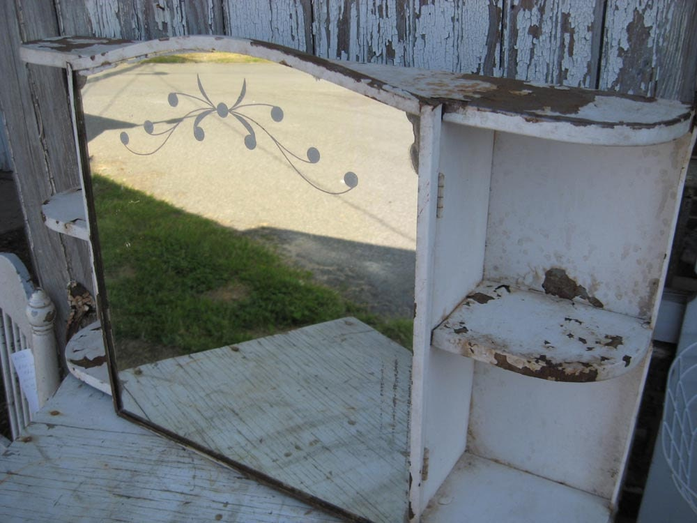 how to clean rusty metal cabinet