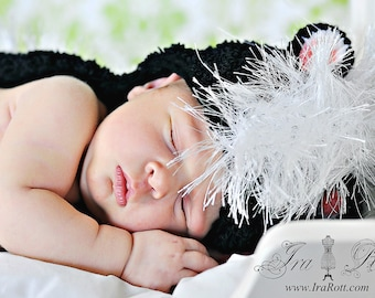 Skunk Hat with Long Tail and Fuzzy Top for Newborn - Ready to Ship