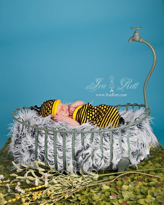 SALE - Bumble Bee  Hat and Cocoon Set for Newborn - Ready to Ship