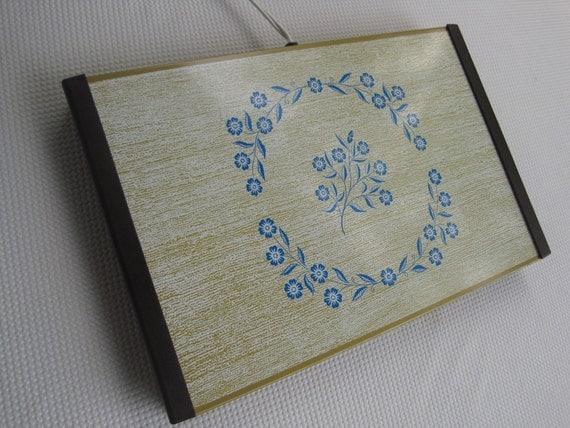 Vintage Warming Tray Cornflower Blue Pattern