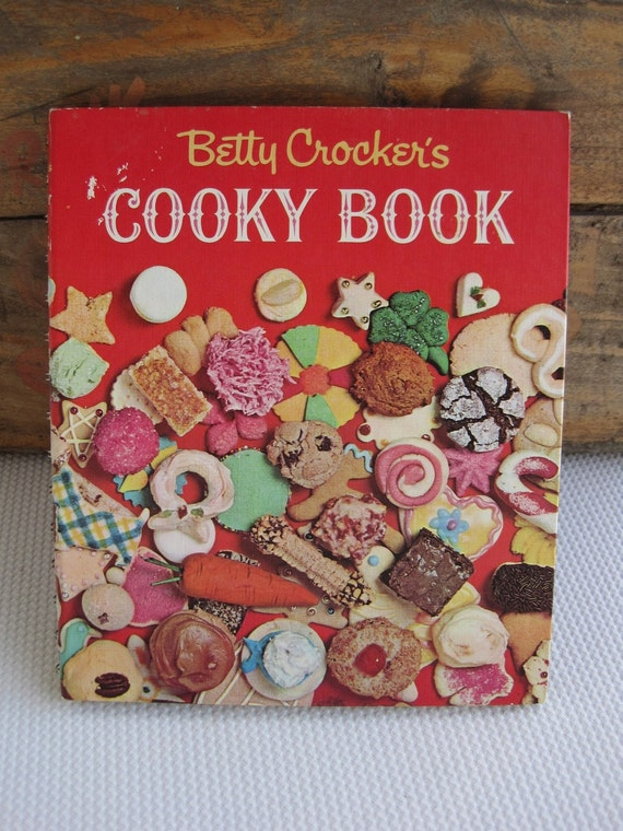 Vintage 1963 Betty Crocker's Cooky Book 1st Edition 1st Printing Wire Spiral HC