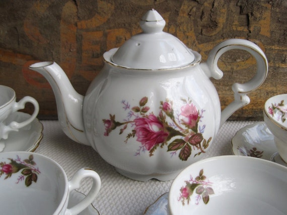 Vintage Royal Rose By Fine China Of Japan Tea Set Teapot