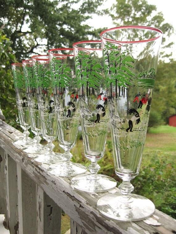 Vintage Hay Harvest Farm Pilsner Beer Tapered Glasses