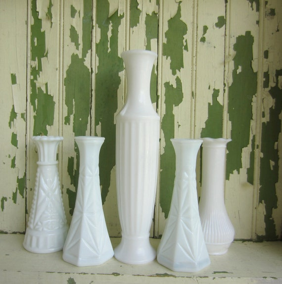 Vintage Milk Glass Vases set of 5 White Wedding Garden Table Setting