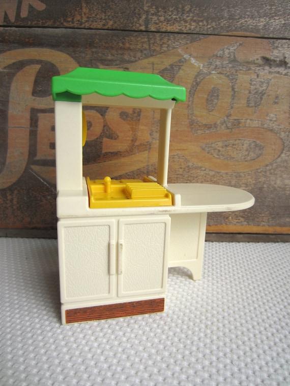 Vintage Little Tikes Party Kitchen Dollhouse Furniture