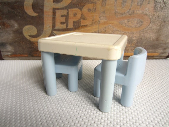 Vintage Little Tikes Table and Chairs Blue and White Dollhouse Furniture