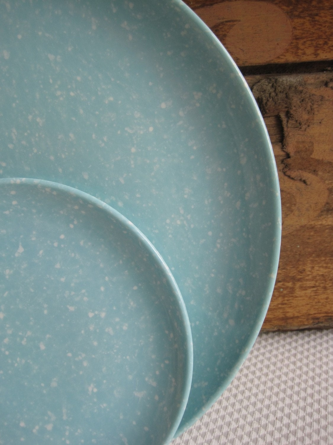 Vintage speckled turquoise melamine dishes for Cuisine turquoise