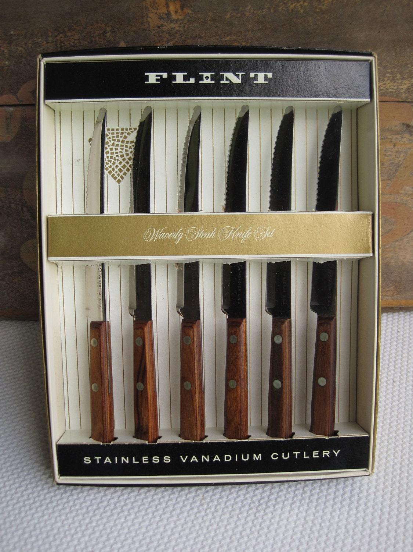 Vintage 1959 Ekco Flint Stainless Vanadium Steak Knives Set Of