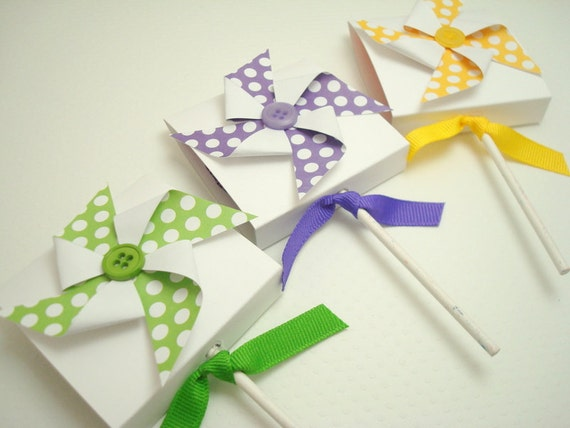Polka Dot Pinwheel Lollipop Favors, You Choose the Color, Set of Ten