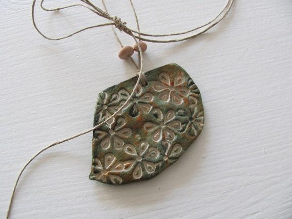 My Green Flower--------Ceramic Necklace----
