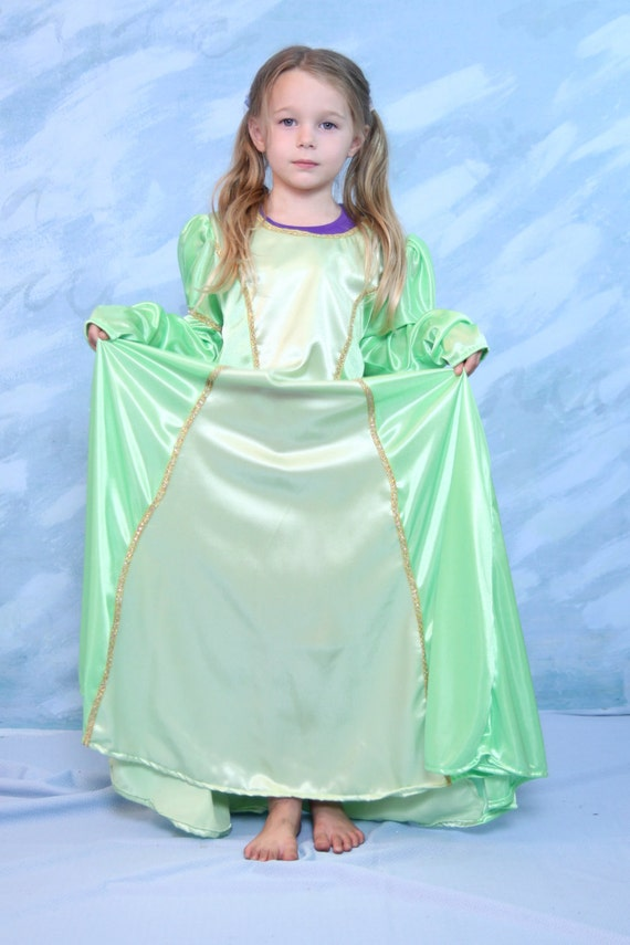 Two toned Renaissance childs dress size 6/7
