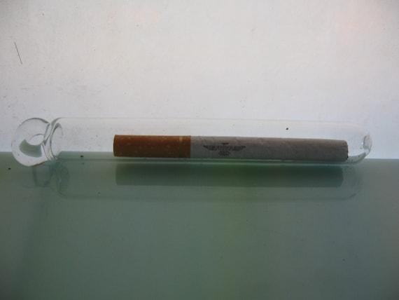Simple glass tubes sealed cigarette in glass tube pendant