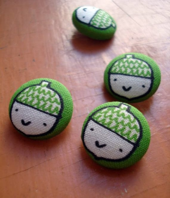 Acorns - Original fabric covered buttons 19mm