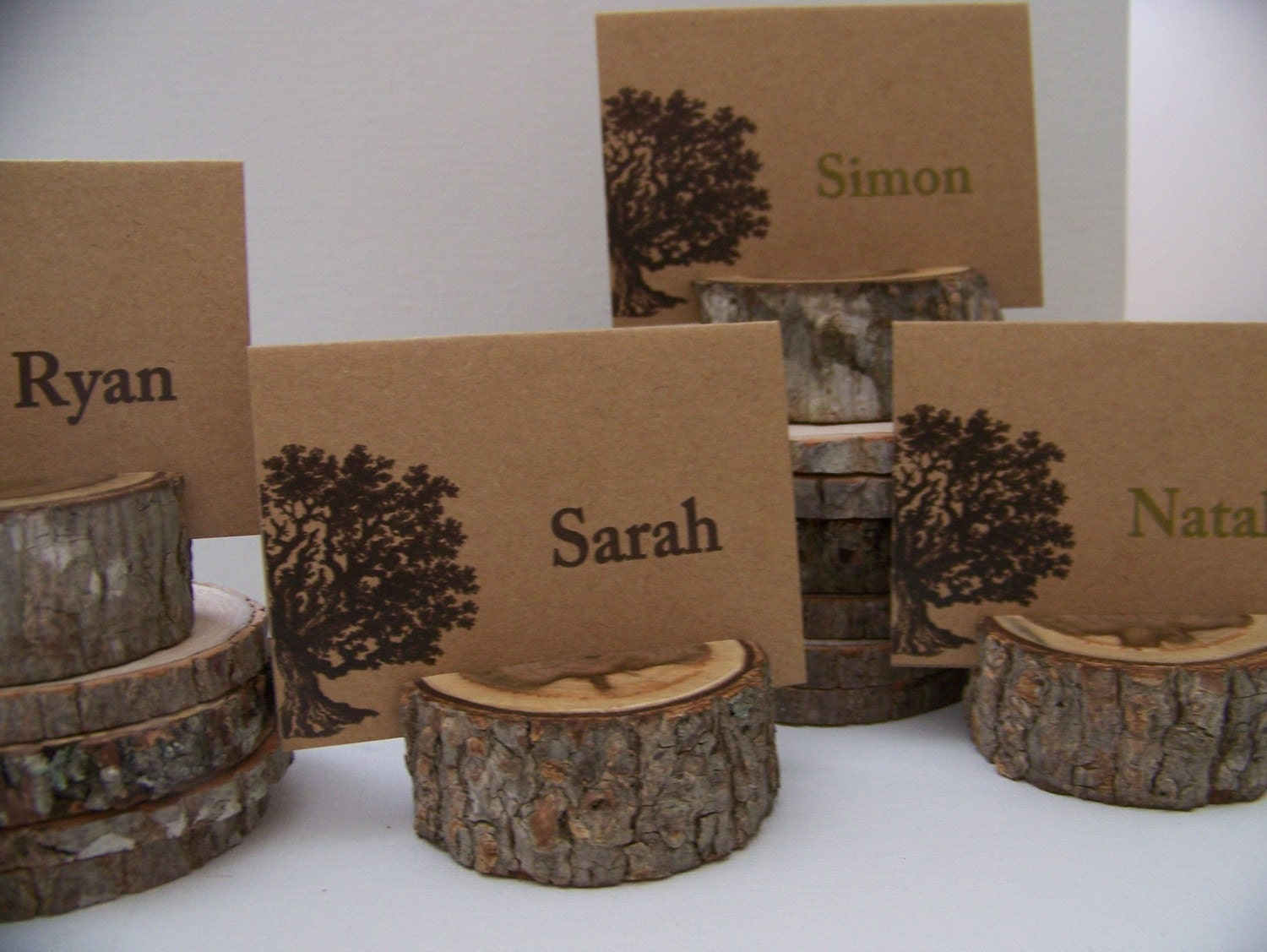 Rustic wood place card holders set of 50 - Marque place mariage ...