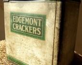 Vintage Tin 1940s Cracker Tin
