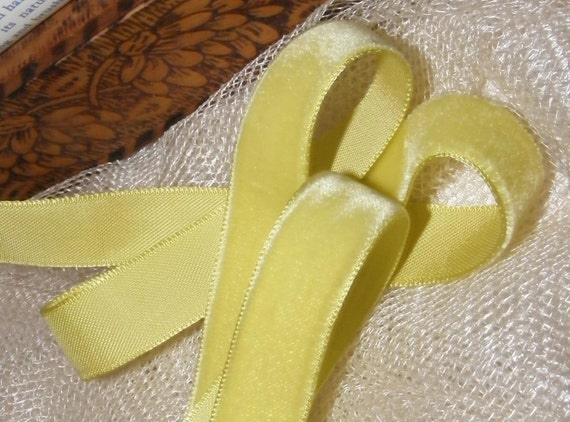 Vintage 1930's-40's French Velvet Ribbon 5/8 inch Gorgeous Chartreuse Green