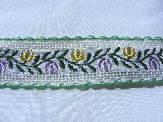 Vintage 1940's French Jacquard Cotton and Rayon Embroidered Ribbon 1 Inch Flowers and Vines