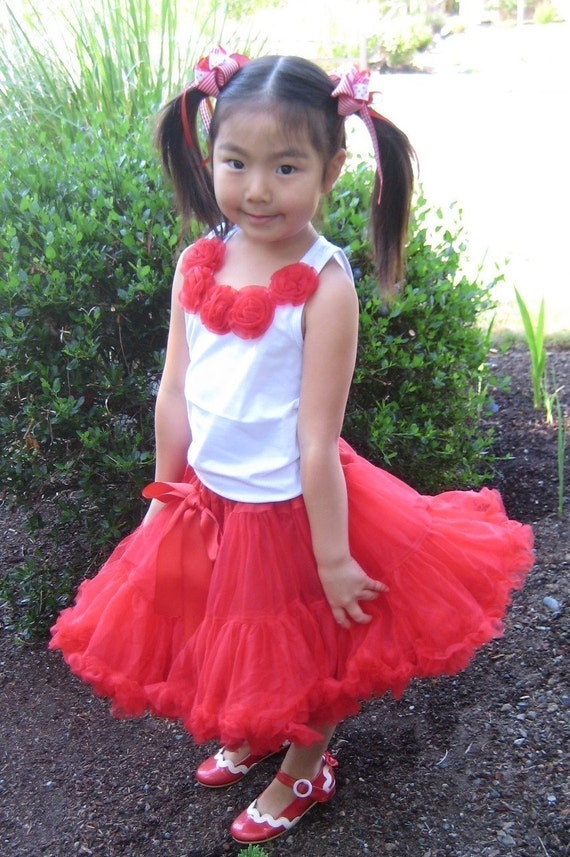 GORGEOUS EXTRA FULL RED PETTISKIRT TUTU SKIRT 4T 5T 6 perfect for VALENTINES