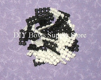 500 WHITE / BLACK No Slip Grip Liners for Hair Bows Clippies