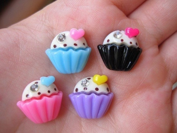 Colorful Fancy Heart And Rhinestone Resin Cupcake Cabochons 5pcs 15mm