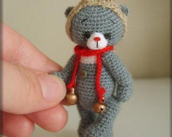 Miniature Crochet THREAD ARTist Christmas Reindeer Bear Pattern PDF by Stefanie Devlin